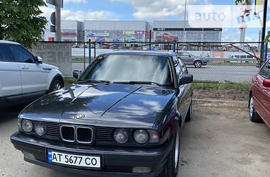 Седан BMW 535 1990 в Киеве