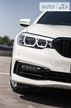 Седан BMW 540 2018 в Харькове