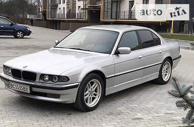 BMW 730 2001 в Новояворовске