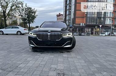 Седан BMW 730 2019 в Львове