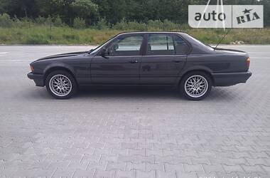Седан BMW 735 1990 в Львове