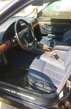 Седан BMW 735 1998 в Вараше