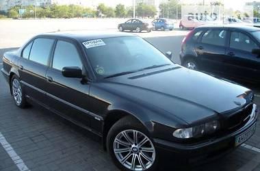 Седан BMW 740 1999 в Мариуполе