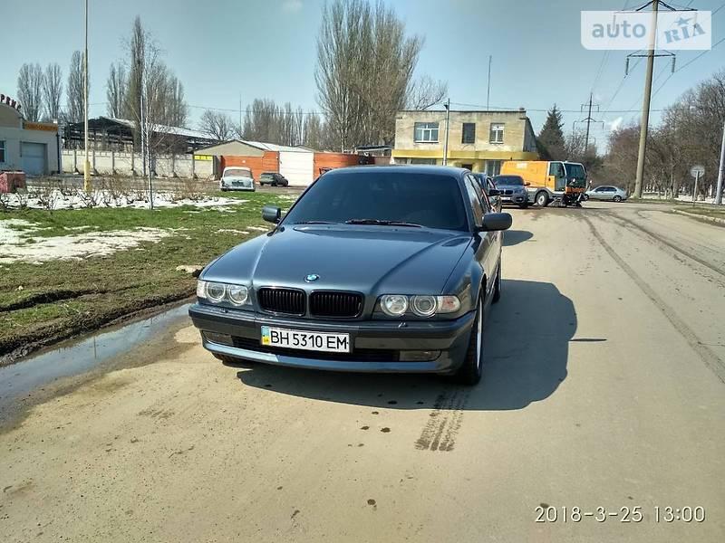 BMW 740 2000 в Одессе