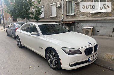 Седан BMW 740 2011 в Киеве