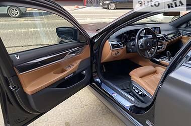 Седан BMW 740 2015 в Львове