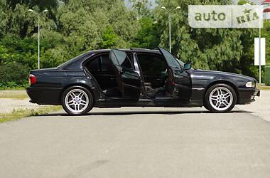 Седан BMW 750 1996 в Днепре