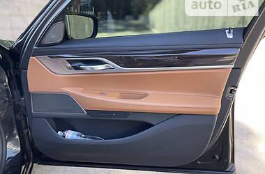 Седан BMW 760 2020 в Киеве