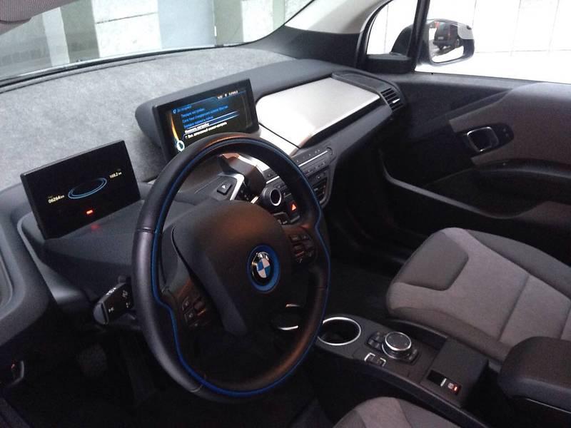 BMW I3 2016 года