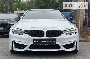 Купе BMW M4 2015 в Киеве