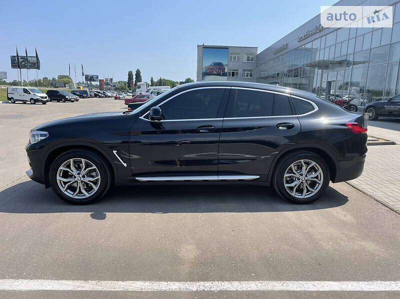 BMW X4 20D OFICIAL