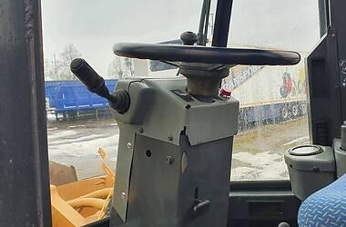 Екскаватор навантажувач Case IH 821 1995 в Вінниці