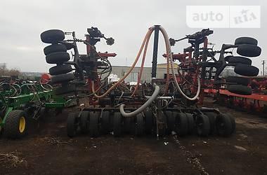 Почвообрабатывающая техника Case IH IH 2000 в Николаеве