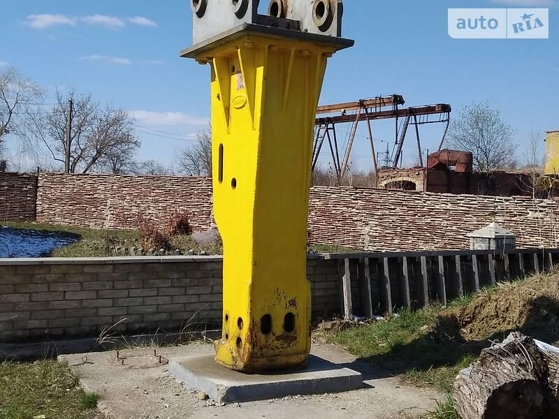 Caterpillar 345 2007 в Калуше