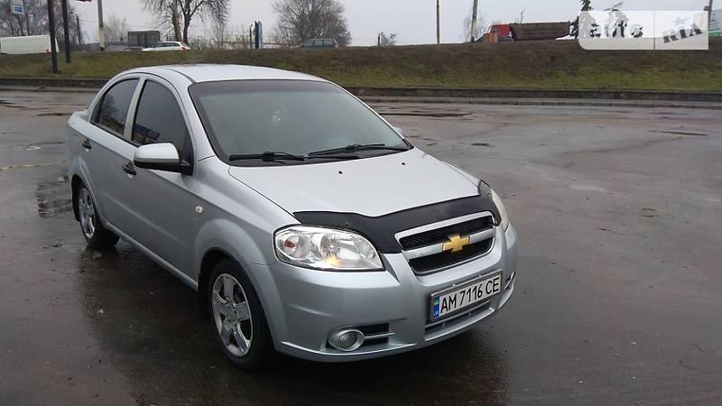 Chevrolet Aveo 2012 року