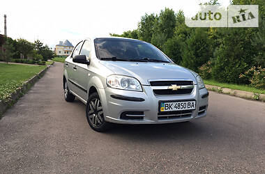Chevrolet Aveo 2011 в Ровно