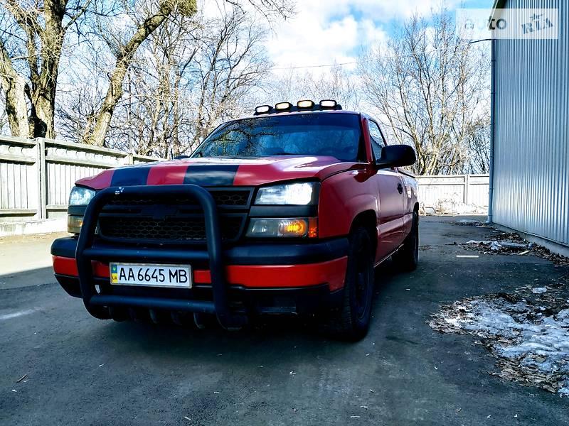 Chevrolet Silverado 2005 року в Києві