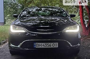 Седан Chrysler 200 2015 в Житомире
