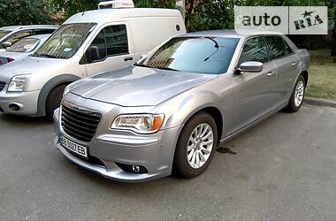 Chrysler 300 C 2013 в Киеве