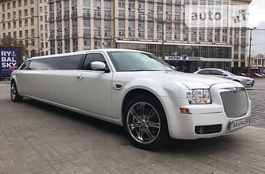 Лимузин Chrysler 300 C 2008 в Киеве