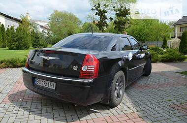 Седан Chrysler 300 С 2008 в Буську