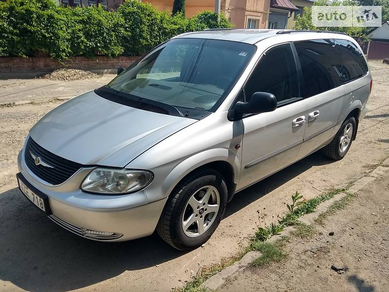Chrysler Grand Voyager 2001 в Черновцах
