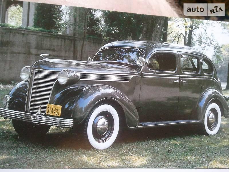 Chrysler Intrepid 1940 року
