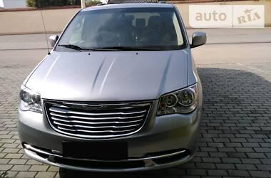 Chrysler Town & Country 2015 в