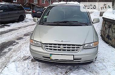 Минивэн Chrysler Voyager 2000 в Киеве