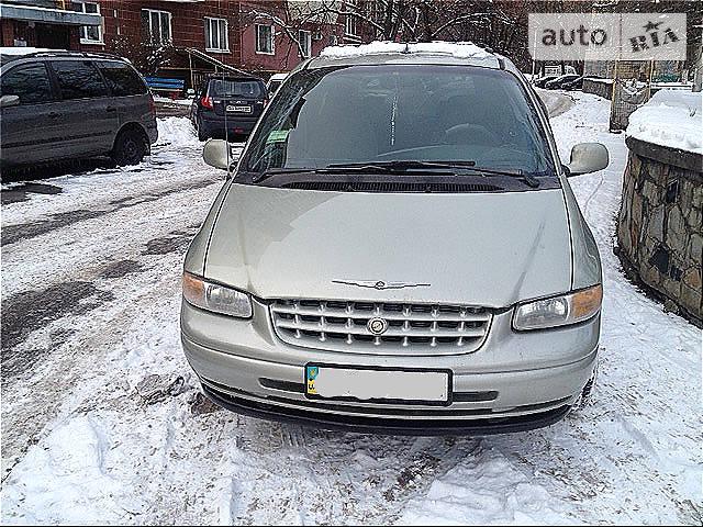 Chrysler Voyager 2000 в Киеве