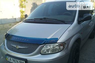 Chrysler Voyager 2002 в Умани