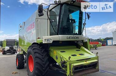 Комбайн зерноуборочный Claas Lexion 460 2002 в Бершади