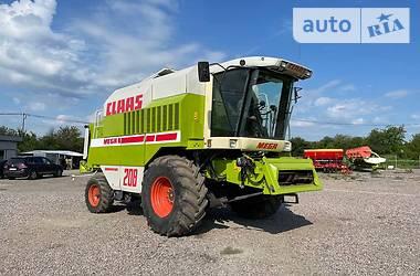 Комбайн зерноуборочный Claas Mega 208 2000 в Володарке
