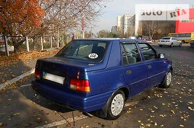 Dacia SuperNova хэтчбек 2004