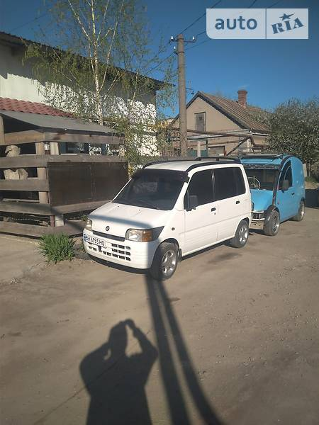 Daihatsu Move 1998 года