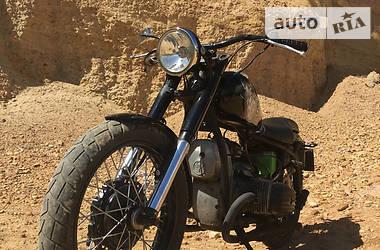 Мотоцикл Классик Днепр (КМЗ) 10-36 1980 в Берегово