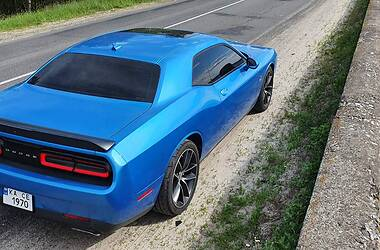 Купе Dodge Challenger 2016 в Киеве