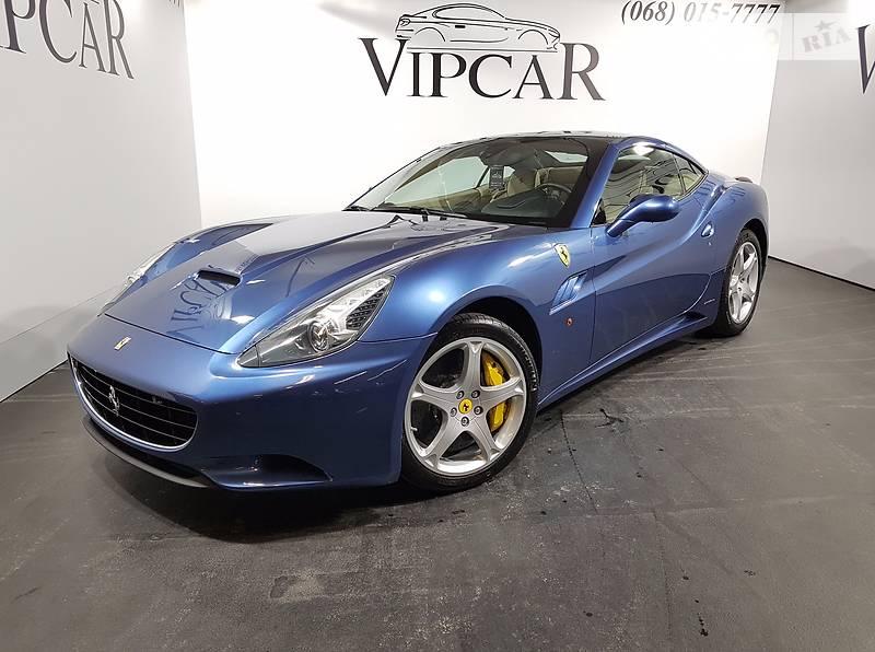 Ferrari California 2013 року