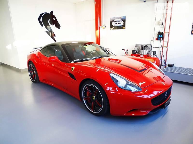 Ferrari California 2012 року