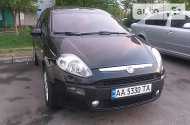 Хэтчбек Fiat Grande Punto 2012 в Киеве