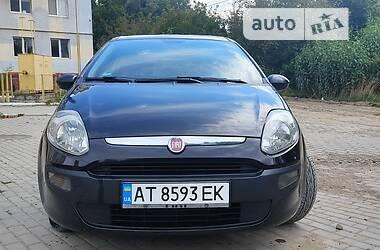 Хэтчбек Fiat Punto 2011 в Черновцах