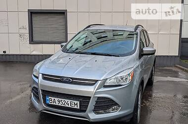 Внедорожник / Кроссовер Ford Escape 2015 в Кропивницком