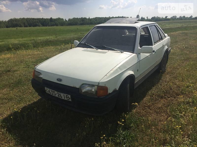 Ford Escort 1990 в Любомле