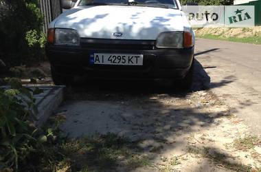 Ford Escort 1987 в Тараще