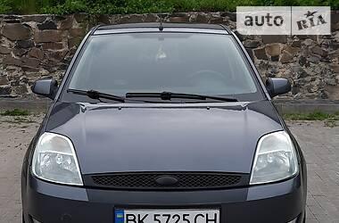 Хэтчбек Ford Fiesta 2005 в Ровно
