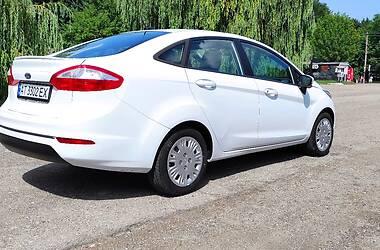 Седан Ford Fiesta 2014 в Івано-Франківську