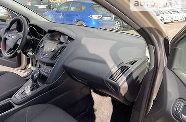 Седан Ford Focus 2016 в Киеве