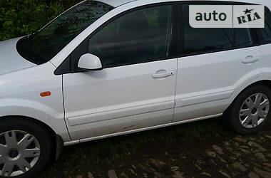 Ford Fusion 1.4 2009