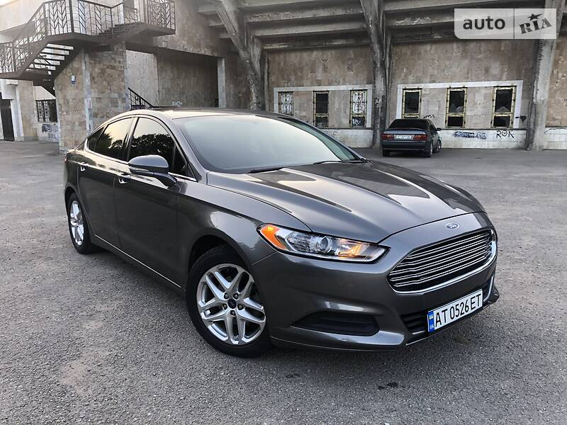 Седан Ford Fusion 2013 в Ивано-Франковске