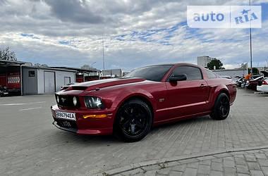 Купе Ford Mustang GT 2006 в Киеве